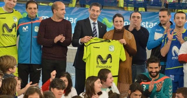 Gira megacracks de fútbol sala en Almonte.