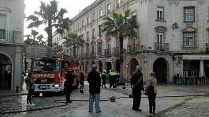 incendio restaurante la plazuela en huelva 20160222-WA0001