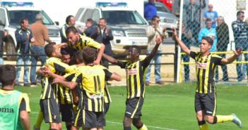 Imagen de archivo en la que jugadores del San Roque de Lepe celebran un gol.