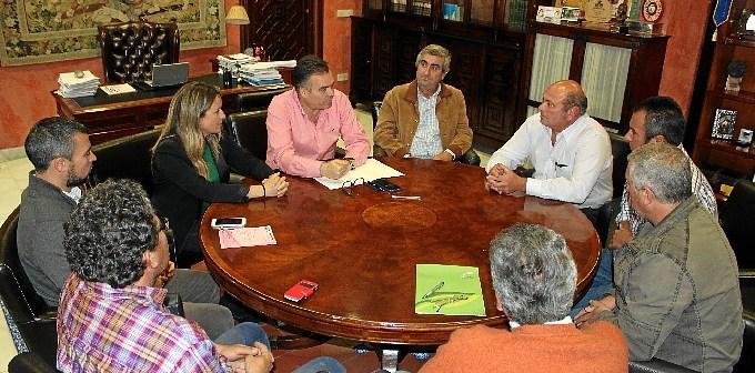Convenio Ayuntamiento La Palma y asociaciones de agricultores y cazadores (1)