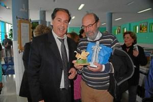 Poetas Huelva por la Paz visita centro penitenciario (1)