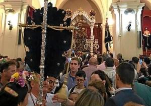 la virgen de la bella regresa a su iglesia (2)