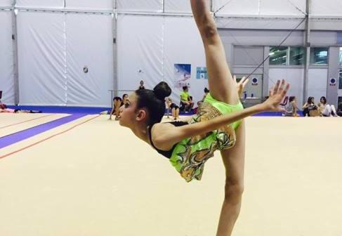 Ángela Martín, gimnastas del Club Rítmico Colombino.