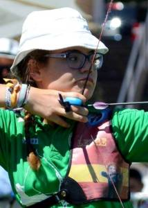 Leyre Fernández, arquera del Club Asirio de Tiro con arco.