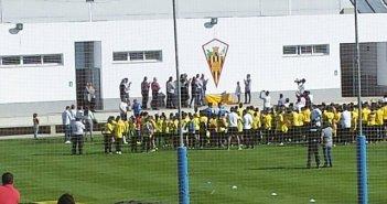 Gran escudo del San Roque para conmemorar el 60 aniversario del club.