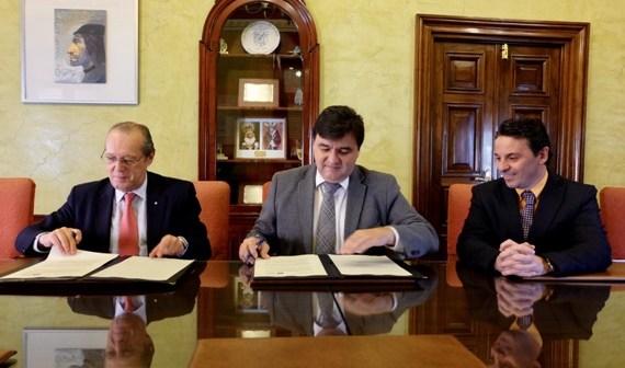 Convenio Ayuntamiento de Huelva y Cruz Roja