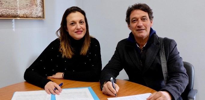Firma Convenio La Tarara