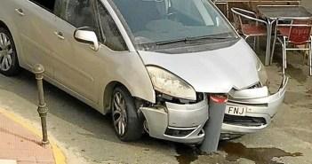 Bolardo coche El Rompido