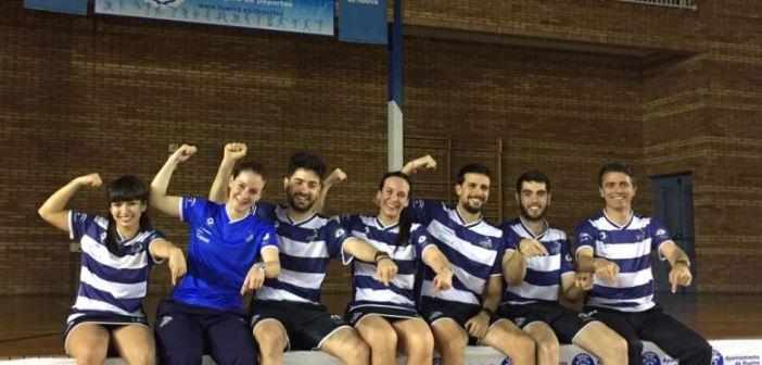 Jugadores del IES La Orden celebrando el triunfo ante Granollers.