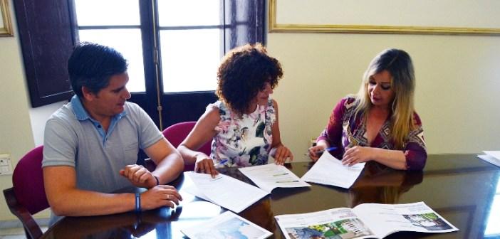 Acuerdo con Humana para recogida de ropa usada en San Juan del Puerto