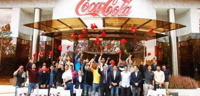 Visita del Recreativo a la fábrica de Coca Cola en Sevilla.