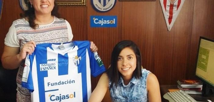 Analú renueva su compromiso con el Cajasol Sporting.