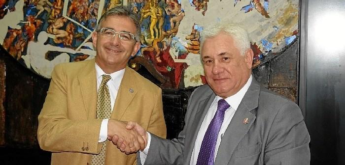 Convenio UHU-Consejo tres