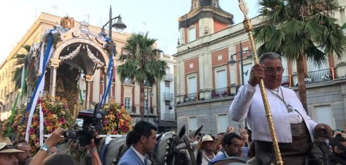 Llegada de Huelva a las puertas del Ayuntamiento