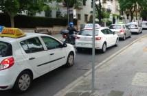 Protesta de las autoescuelas en Huelva (5)