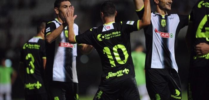Sergio Jiménez, celebrando uno de los goles del Cartagena.