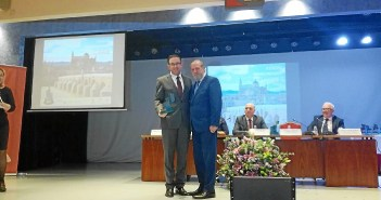 Premio Progreso al Ayuntamiento de Aracena (2)