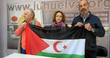 Luis Cruz, Silvia Zambrano y Manuel Bermejo IU con el Sahara01