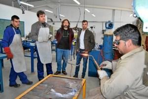 El Delegado de Formación, José Manuel López, junto a José Santana y alumnos del curso