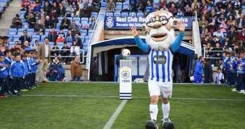 El Abuelo, la mascota del Recreativo de Huelva. (Tenor)