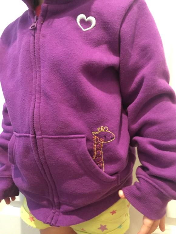Stitch-Love-Along! A Giraffe Pocket Pal from Hugs are Fun