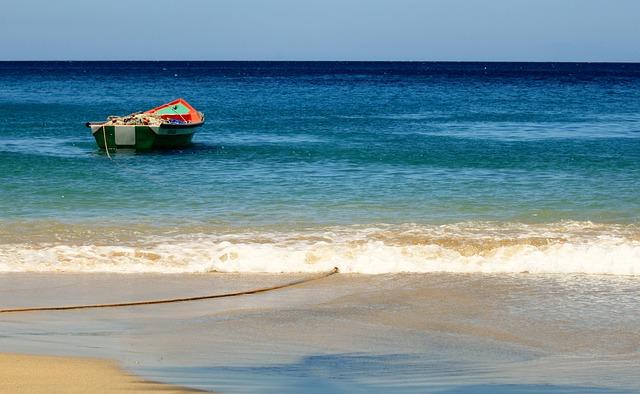 Martinique - Un travail et une voiture !