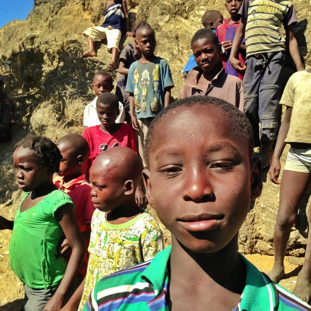 kids-haiti-poverty