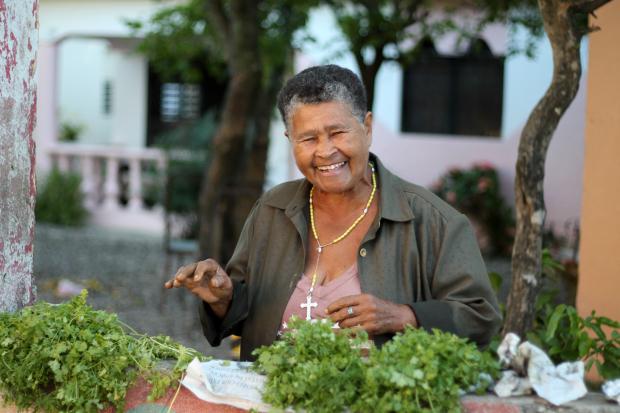 street-vendor-dominican-republic-9