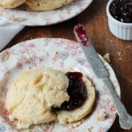 biscuits-with-cherry-jam