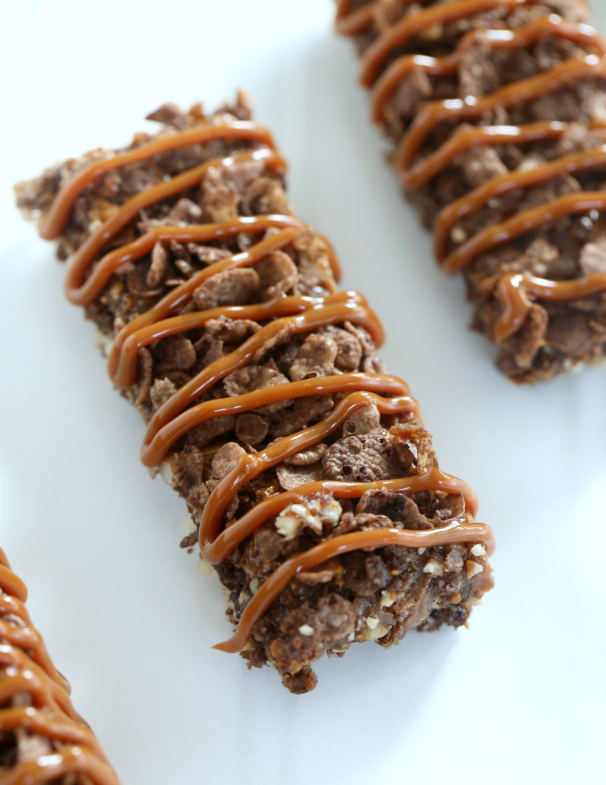 Dulce de Leche and Almond Chocolate Cereal Bars