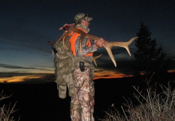 pack outs -elk hunting trip 2013 (20)