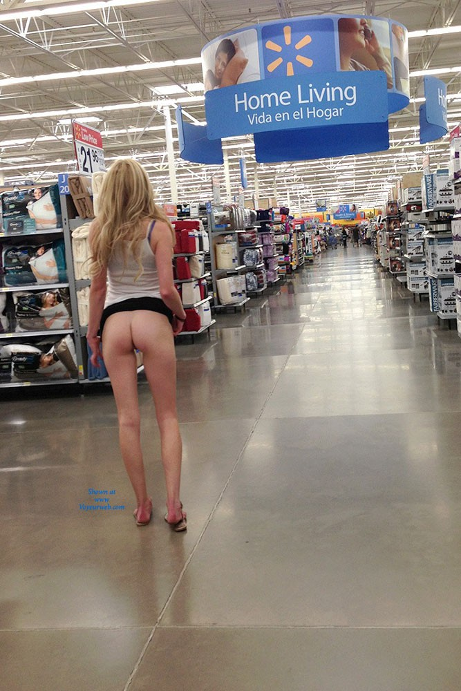 girl pissing women of walmart