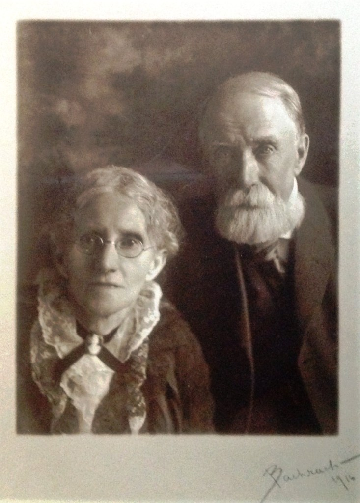 Elizabeth Handley (1837-1917) and Matthew Henderson (1836-1924) - photo taken in 1916 (from the family album of Thomas Smith, their 2nd great grandson)