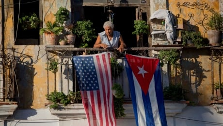 Tourist fears he was hit by Cuba mystery, 2 years before U.S. diplomats