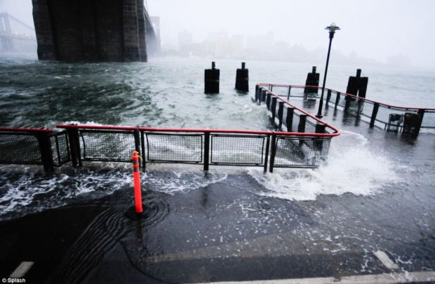 New York, New York: Oct. 29, 2012, along the East River, Hurricane Sandy, a