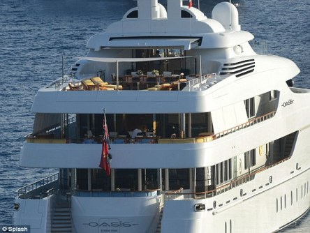 This might wake them up! Diddy is holidaying on his giant yacht, which would surely impress any potential date