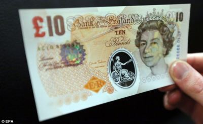 Bank of England set to make announcement on future of plastic bank-notes currency | Daily Mail ...
