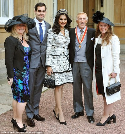 Sir Bruce Forsyth says inheritance should go to family more than your country | Daily Mail Online