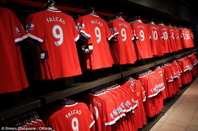 Manchester United to sell supersize XXXXL versions of new kit after fans complain existing ...