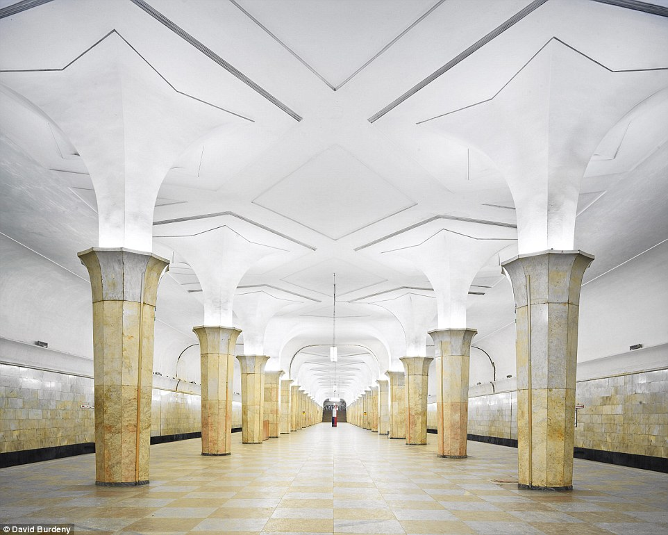 Kropotkinskaya Station is simple but elegant, with the platform illuminated in the centre to accentuate the unusually shaped columns