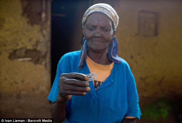 Continuing: Yo Fane has been unable to practice her 'craft' for some time because Mali's government have cracked down on FGM and because of the campaign against it by Danish charity Bornefonden - but she indicated to MailOnline she would still cut girls who were brought to her. Pictured a Kenyan 'cutter' with blade