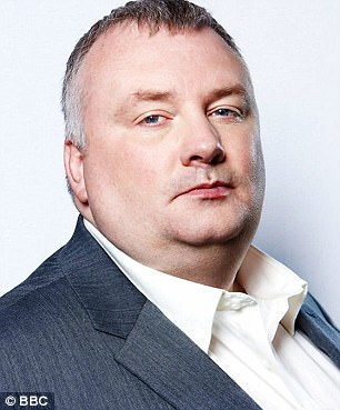 BBC Pay  BBC Radio 5 Live s Stephen Nolan earns     450k   Daily Mail     BBC Radio 5 Live presenter Stephen Nolan earns more than three of the four  Today programme