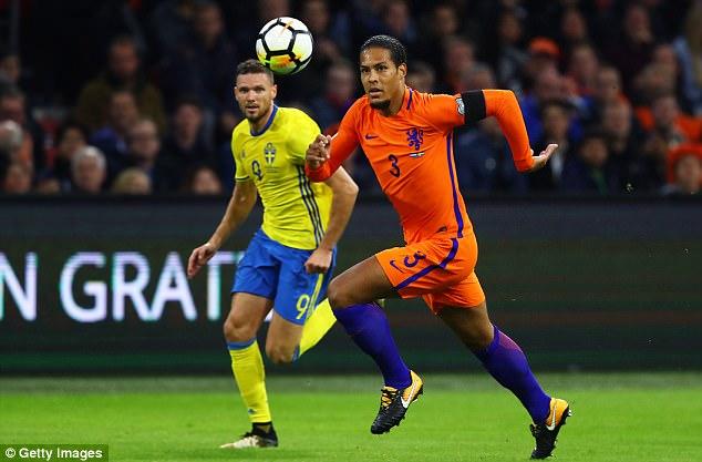 Continuaram alguns meses decepcionantes para Virgil van Dijk, uma vez que a Holanda não conseguiu se qualificar para a Rússia