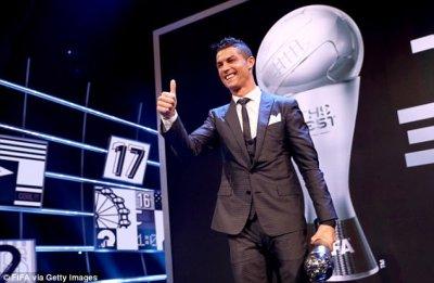 Cristiano Ronaldo celebrates FIFA award success in London   Daily Mail Online