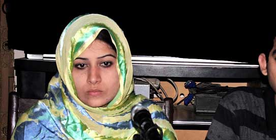 Faryal Bibi, born Rinkle Kumari, addresses a press conference in 2012 | Online photo