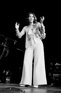 KAREN CARPENTER   MUSIC PHOTO  E80   eBay Image is loading KAREN CARPENTER MUSIC PHOTO E80
