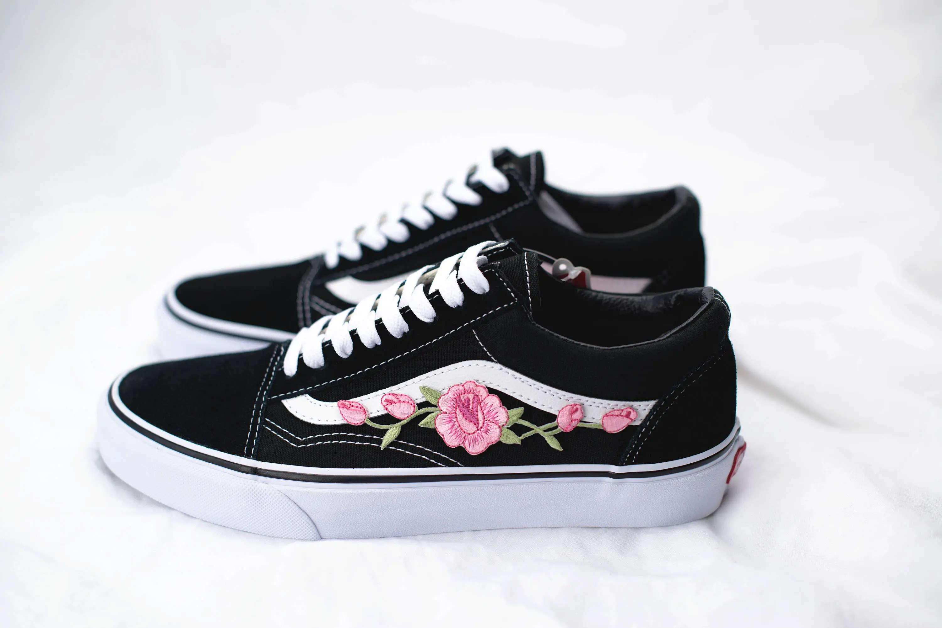 Vans Old Skool Custom  Rose Patch  EUR 34 5 47   Etsy image