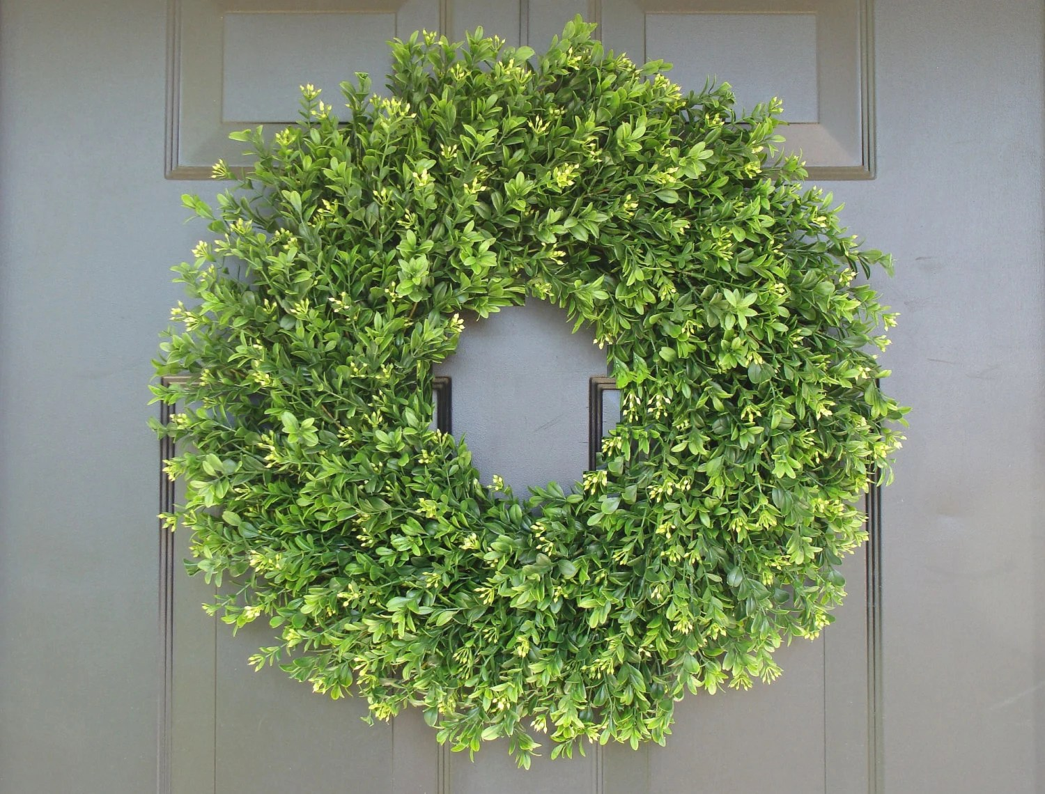 Elegant Wreath Faux THIN Artificial Boxwood Wreath Storm Door Wreaths Front Outdoor  Decor Sizes 1424 Inch Available