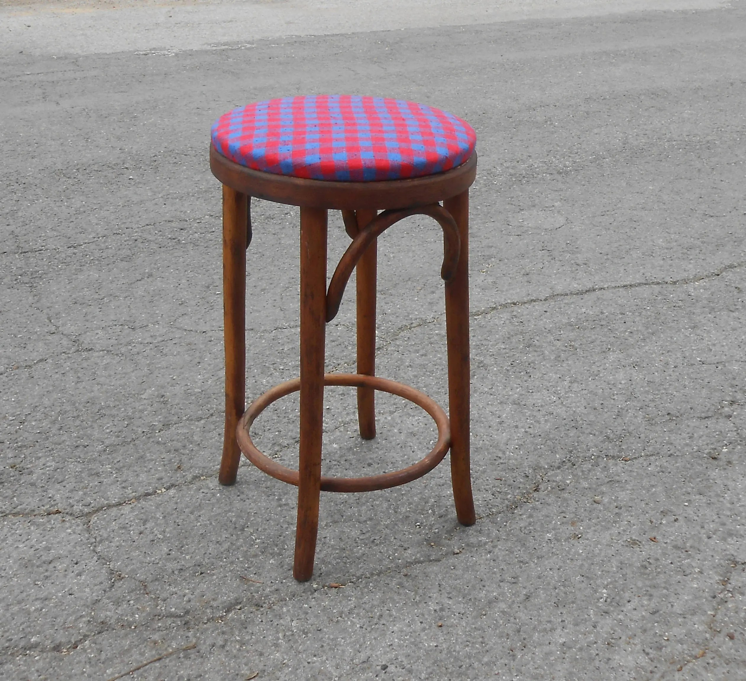 Vintage Bentwood Bar Kitchen Stool Thonet Style Wooden Seating New  Red Blue Gingham Fabric Upholstery Extra Cafe Thonet Bar Stool E42