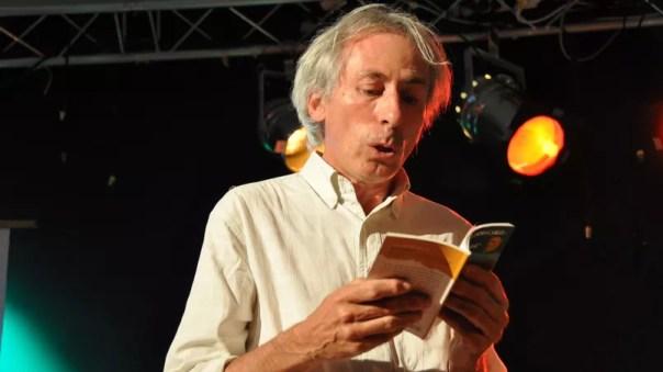 Gérard Dhôtel, décédé à l'âge de 59 ans d'un cancer foudroyant, avait derrière lui une longue carrière de journaliste où il cultivait la pédagogie et la transmission toujours vers un public jeune.